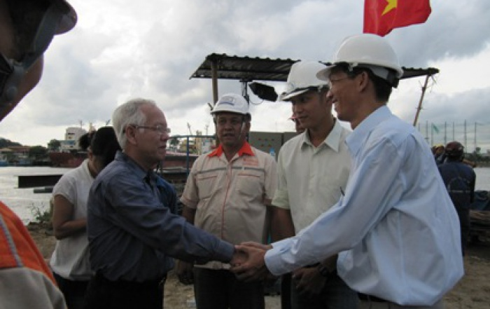 Chủ tịch UDND.TP Hồ Chí Minh thăm công trình kích ống D3000 băng sông Sài Gòn sau khi hoàn thành