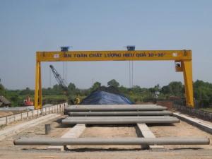 Cổng trục dầm đôi 10+10 tấn