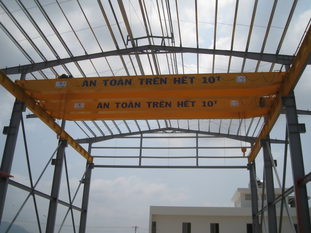 Double girder crane 10 tons