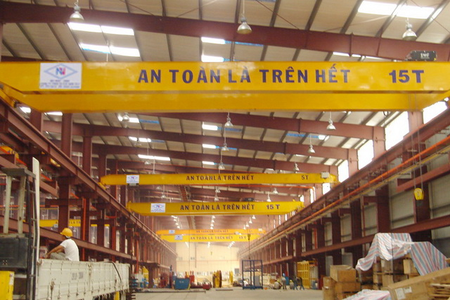 Double girder crane 16 + 16 tons